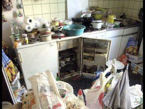 Wohnung Müll Verwahrlosung Platter Straße